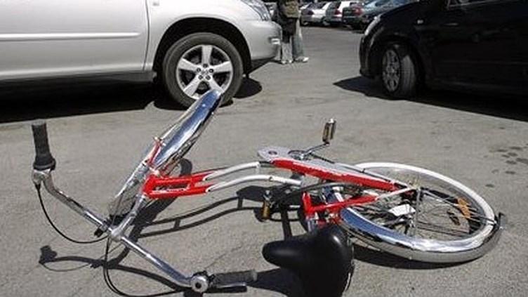 На шоссе Таллинн-Тарту погибла велосипедистка
