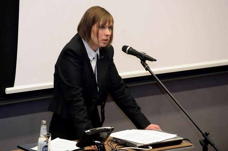 Керсти Кальюлайд отправляется с рабочим визитом в Швецию