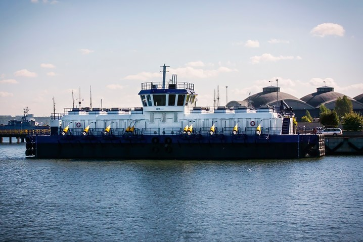 В Эстонии построена крупнейшая в мире баржа по рыборазведению для норвежцев
